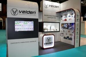 Full fron Velden stand